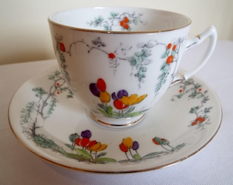 Vintage Teacup and Saucer. 1920s English Salisbury China Tea Cup, Hand Painted With Tulips. Perfect for An Afternoon Tea Party Or As A Gift