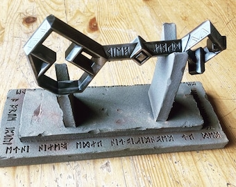 LOTR The Hobbit Thorin's Key to Erebor with Stand