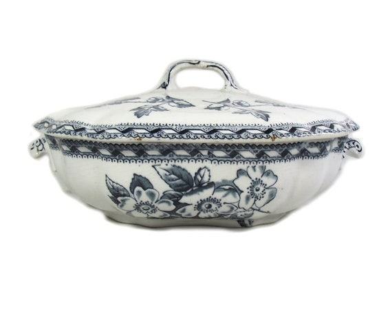 Antique Victorian Blue and White Tureen