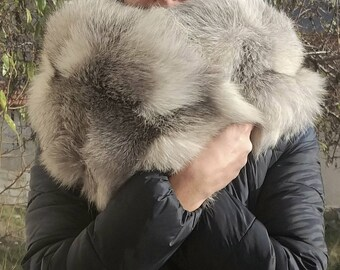 New!Natural Real SILVER WHITE Fox scarf-collar!