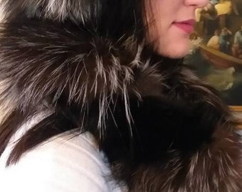Double Beauty!New,Natural Real SILVER and BLACK Fox Double scarf!