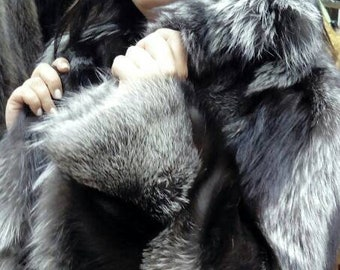 NEW Natural Real SILVER FOX Fur Coat!