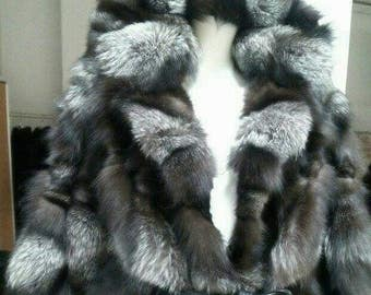 NEW!!!Natural,Real,ONE Size Hooded SILVER Fox Fur cape!