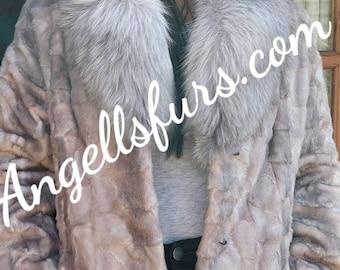 NEW Fine Natural Real Beautiful color Mink Fur jacket!