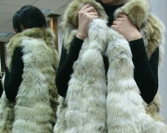 New BEAUTIFUL FLUFFY Natural Real COYOTE Fur Vest!