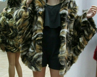 NEW!!!Natural,Real,ONE SIZE Red Fox Fur Cape-Poncho! Last piece!