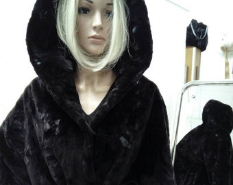 NEW!Natural,Real,ONE SIZE Black Mink Fur Cape!