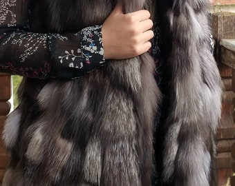 NEW! Natural Real  Hooded Silver Fox Fur Vest!