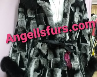 NEW!Natural,Real,ONE Size-Hooded REX Fur cape with black fox trims!