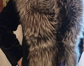 NEW!Natural Real FULLSKIN Mink Fur with Silver Fox Collar!