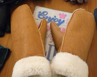 185ea867e9fa32 Natürliche, echte Lammfell Handschuhe! UNISEX!