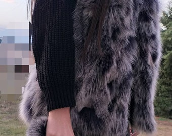 NEW!!! Natural,Real Matilda color Fox Fur Vest!