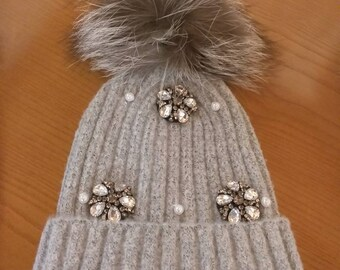 New!Modern Pompom hat with Real Silver fox!