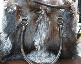 New!Natural,Real SILVER FOX Fur Bag!