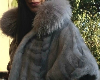 New! Fine Natural Real Sapphire MINK,One Size Fur Jacket!