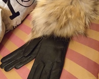 New!Natural,Real Black Leather and raccoon fur trim GLOVES!