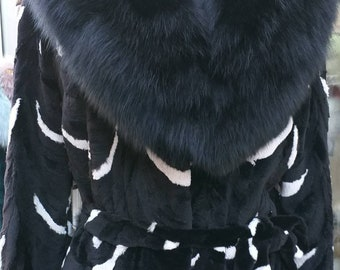 NEW!!!Natural Real Mink Fur with Fox collar!