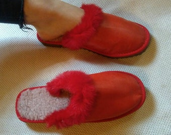 New Real Natural RED SHEEPSKIN Home SLIPPERS with Rabbit trim!