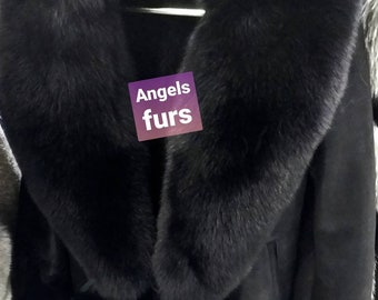 New!Natural Real Top Quality Fullskins Sheepskin jacket with big fullskin FOX collar!