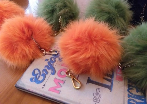 FOX POMPOM-keychain in Beautiful  Natural Fox  colors! New