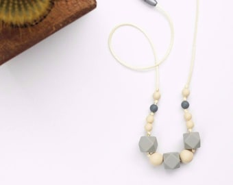 Silicone Teething Necklace for Mom - Nursing & Babywearing Distraction Necklace – Gray Geometric + Tan Round BPA free Beads – Baby Gift