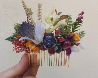 Native floral comb