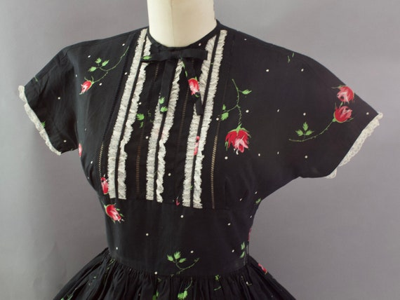 1950s Crisp Rose Print Dress | XS - image 4