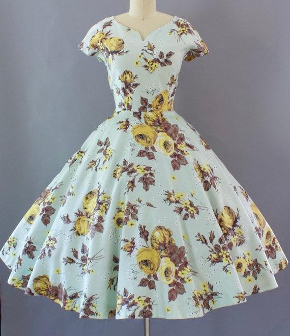1950s Rose Print Dress | Small