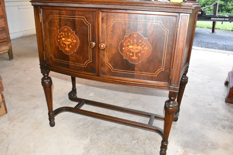 Admirable Antique Walnut Cabinet Dining Room Server Buffet Credenza With Decorative Wood Inlay Download Free Architecture Designs Embacsunscenecom