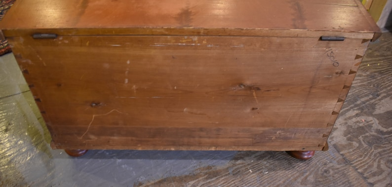 Primitive Antique Southern Pennsylvania Decorated Blanket Chest Trunk