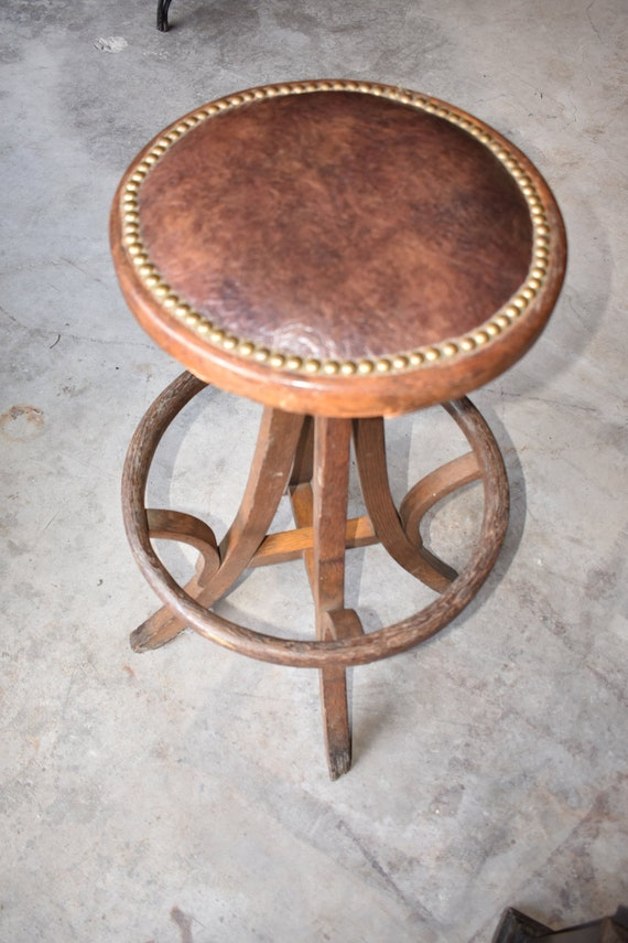 Peachy Primitive Antique Wooden Bar Stool Draftsman Chair Leather Seat Bralicious Painted Fabric Chair Ideas Braliciousco
