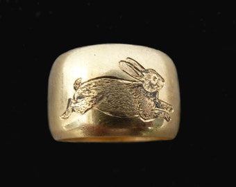 FOR LIZ 1 of 2 Old Heavy 18 Carat Band Engraved With A Running Rabbit