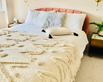 Mudcloth tufted throw, Tufted bed spread, Mudcloth blanket, Bohemian bed throw, Tufted throw, Boho blanket, Off white throw