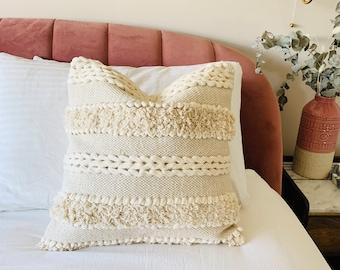 Off white Mudcloth cushion cover, cream mudcloth pillow, bohemian cushion, bohemian pillow, tufted throw pillow, tufted cushion