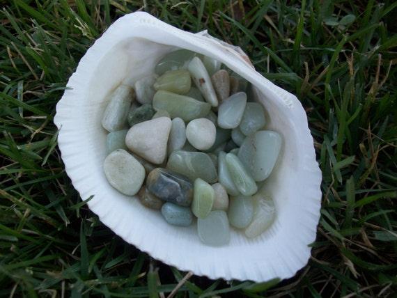 Jade Tumbled Chipstones (2 Stones)