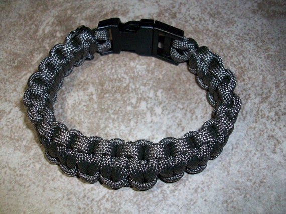 Charcoal Gray Men's Paracord Bracelet