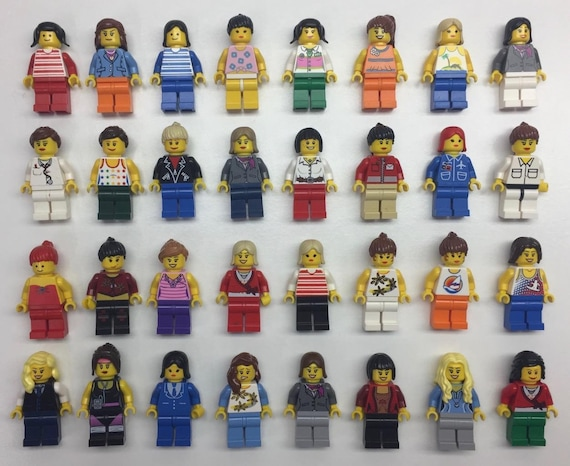 LEGO BULK LOT OF 100 NEW FEMALE GIRLS WOMEN MINIFIGURE HEADS TOWN MINIFIG PARTS