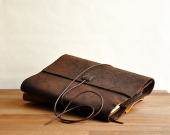 Classic Leather Book Cover, Size Adjustable, Brown Book Sleeve, Book Case