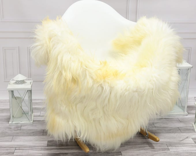 Icelandic Sheepskin   Real Sheepskin Rug   Ivory Sheepskin Rug   Fur Rug   Christmas Decorations #islsept24