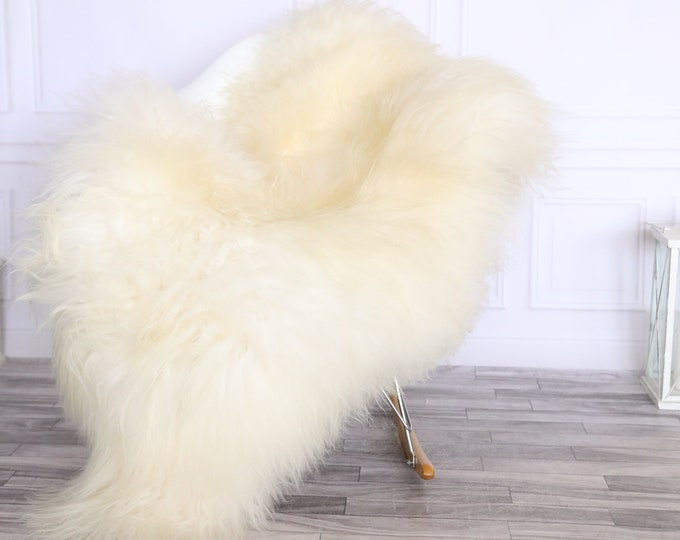 Icelandic Sheepskin | Real Sheepskin Rug | CHRISTMAS DECOR | Sheepskin Rug Ivory Black | Fur Rug | Homedecor #LISISL8
