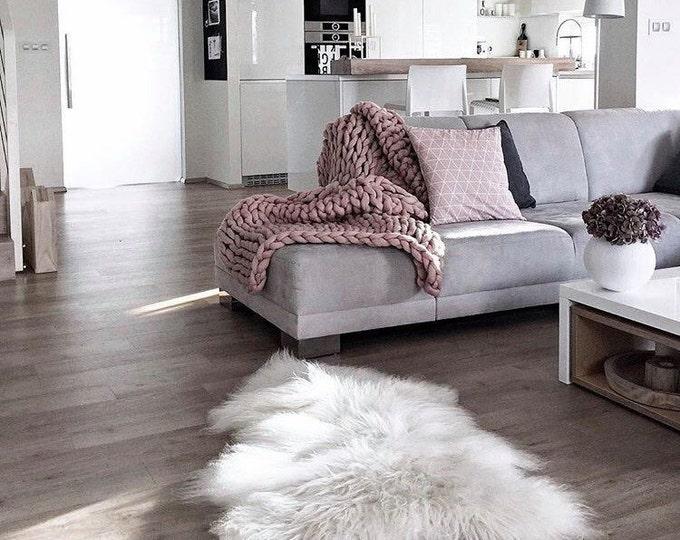 White Icelandic Sheepskin Rug | Christmas Decoration | sheep skin | Christmas Home | Home decor | White Rug | White Throw | Large Sheepskin