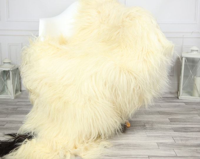 Icelandic Sheepskin | Real Sheepskin Rug | CHRISTMAS DECOR | Sheepskin Rug Ivory Black | Fur Rug | Homedecor #2ISL2