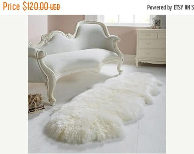 ON SALE Exclusive Genuine Natural Sheepskin / Lambskin Rug, Pelt, soft long fur XXl LARGE  super soft fur - Double - creamy white