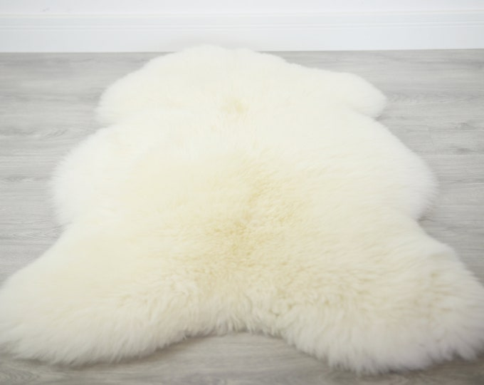 Real, Natural, Genuine Creamy White Sheepskin Rug Scandinavian Design Sheepskin Cover Sheep Skin Throw