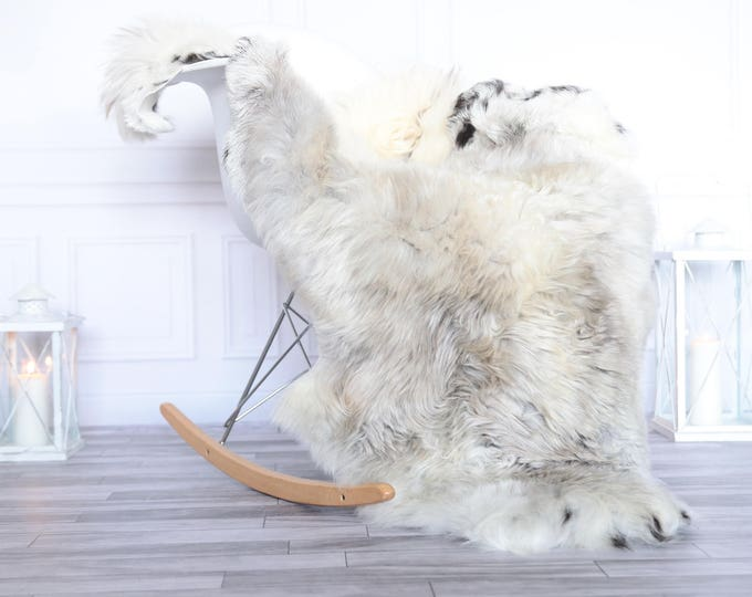 Organic Sheepskin Rug, Real Sheepskin Rug, Gute Sheepskin, Christmas Home Decor, Grey Ivory Sheepskin Rug #OCTGUTE24