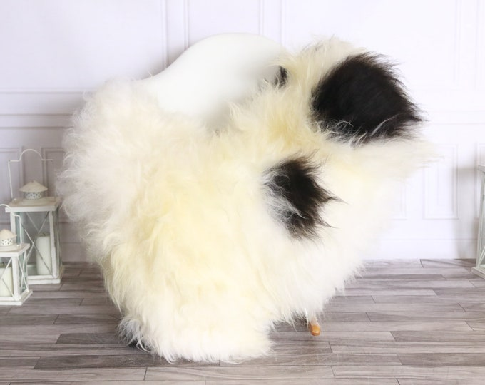 Icelandic Sheepskin | Real Sheepskin Rug | Sheepskin Rug Ivory Black | Fur Rug | Homedecor #WRZISL30