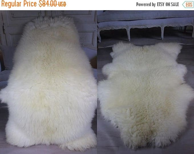 Genuine Natural rare Sheepskin Rug, Pelt, soft long fur XXLGiant - creamy white