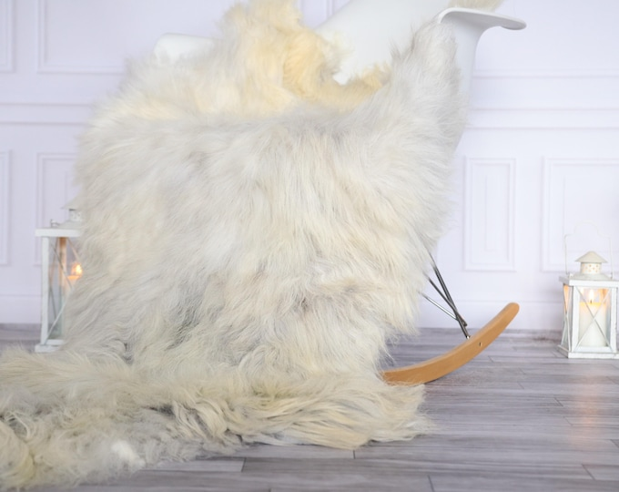 Organic Sheepskin Rug, Real Sheepskin Rug, Gute Sheepskin, Christmas Home Decor, Grey Ivory Sheepskin Rug #OCTGUTE32