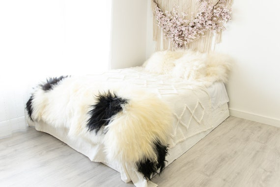 Double Icelandic Ivory Black Sheepskin Rug | Long rug | Shaggy Rug | Chair Cover | Area Rug | Double Rug | Icelandic Sheep skin #2pol4