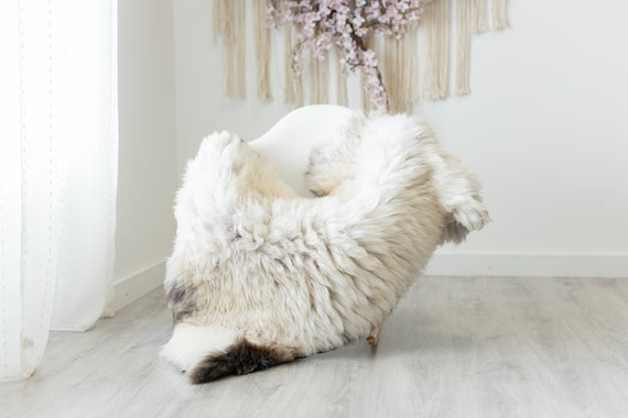 Real Sheepskin Rug Shaggy Rug Chair Cover Scandinavian Home Sheepskin Throw Sheep Skin White Brown Sheepskin Home Decor Rugs #herdwik245